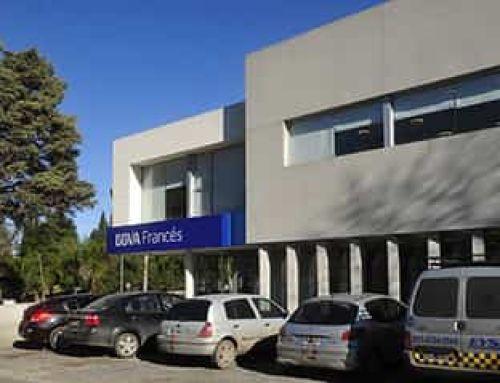 Arquitecto Santiago Cordeyro / Local 1