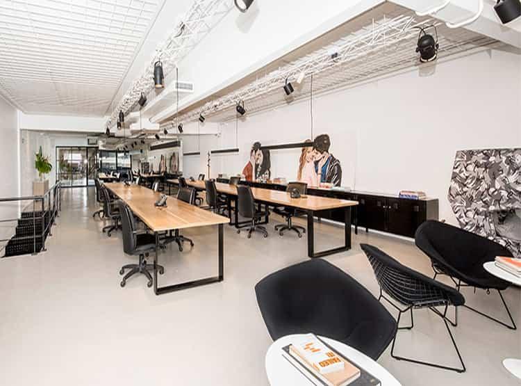Oficinas de La Comunidad / Gálvez Autunno Arquitectos + Estudio Carranza Arquitectura