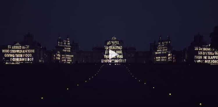 Private View / Jenny Holzer en el Palacio de Blenheim